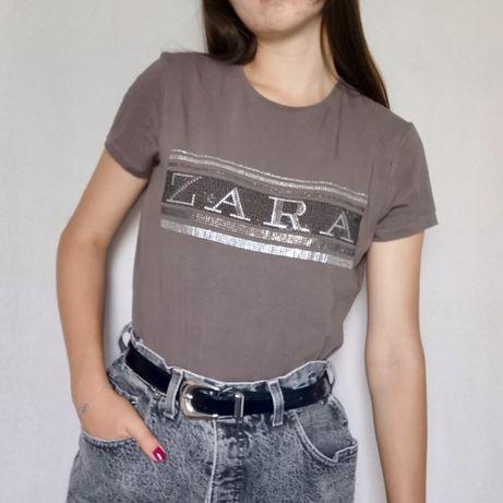 Beżowa bluzka z aplikacją Zara