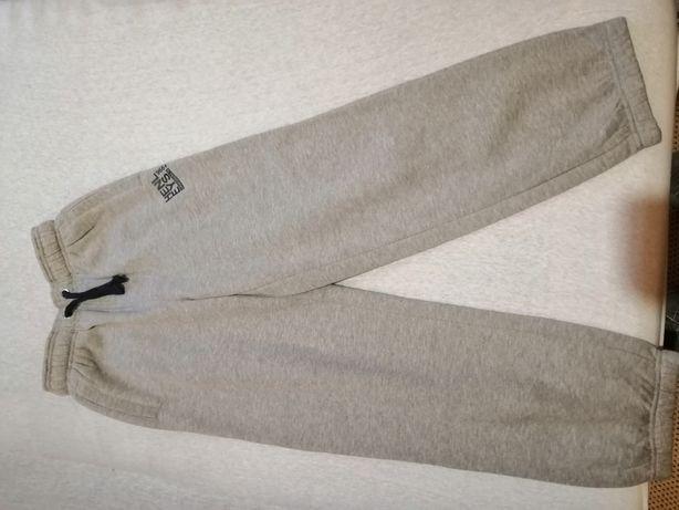 spodnie różne 146