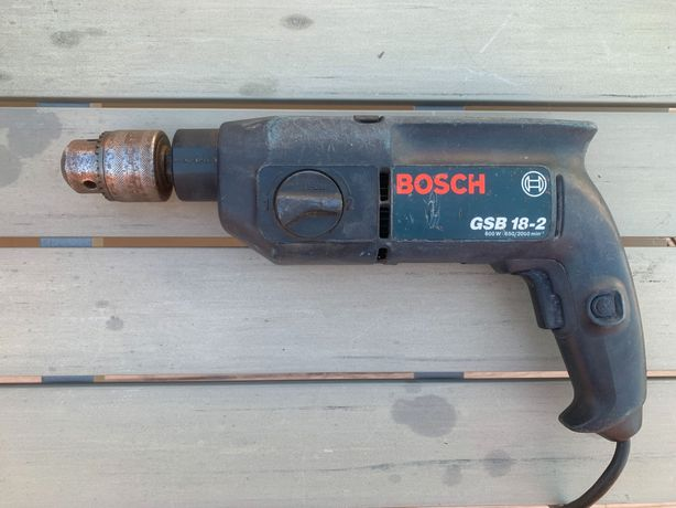 Berbequim Percussão Bosch 600W Profissional (Bucha Aperto)
