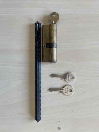Wkladka do drzwi standard 82mm