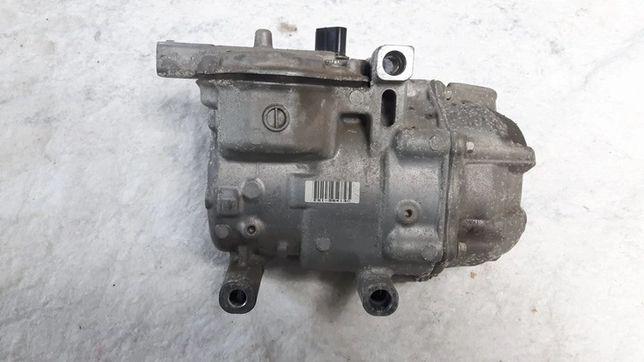 TOYOTA YARIS III 3 sprężarka klimatyzacji kompresor 1.5 hybryda 12-18r