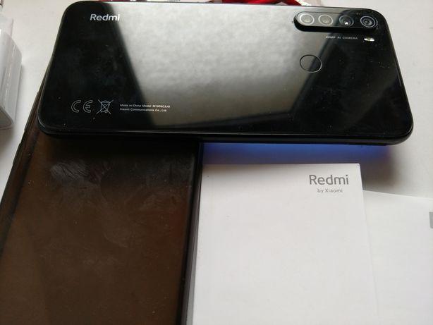 Xiaomi Redmi Note 8 niemal jak nowy komplet szkło 4/64, bateria 4 dni