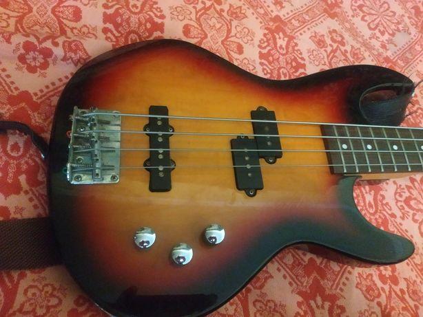 Бас гитара phil pro