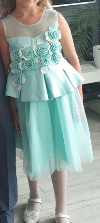 Sukienka,rozm.140