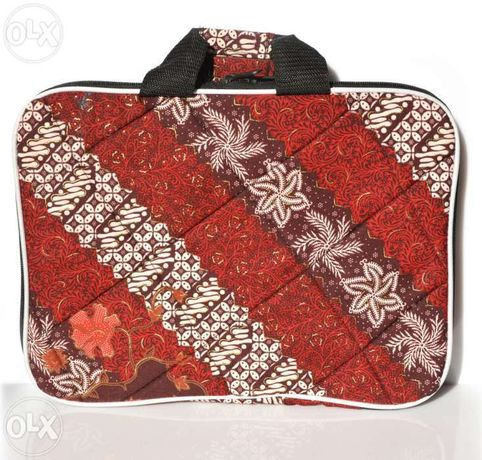 "pokrowiec na tablet, netbook 10-12"", batik Indonezja"