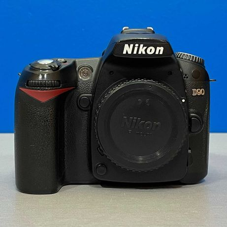 Nikon D90 (Corpo) - 12.3MP