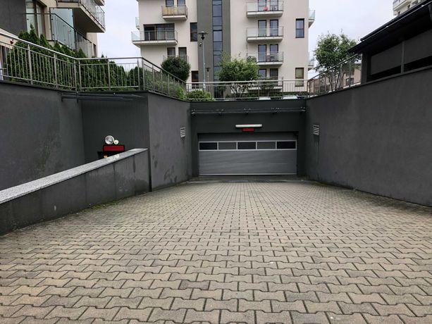 Miejsce postojowe w garażu podziemnym Kraków, ul. Bobrzyńskiego 31a
