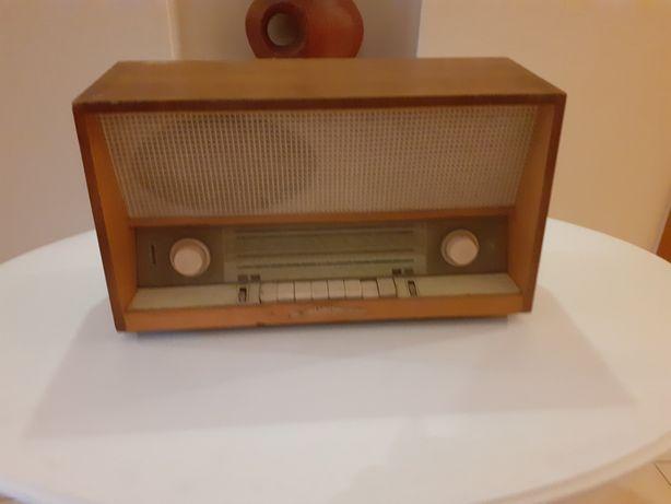 Radio renomowanej firmy Grunding