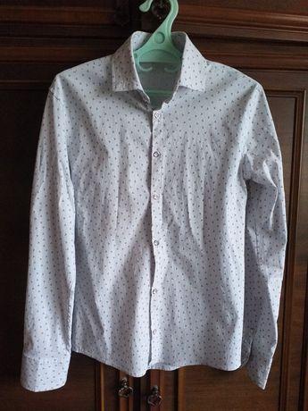 Белая рубашка , новая , мужская.