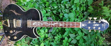 Gitara elektryczna semi hollow body Michael Kelly