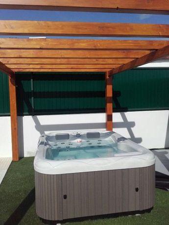Jacuzzi 3 lugares com leds e aquecimento novo estoril