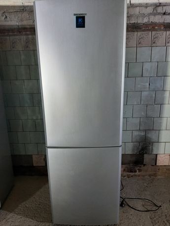 Холодильник SAMSUNG (сток)