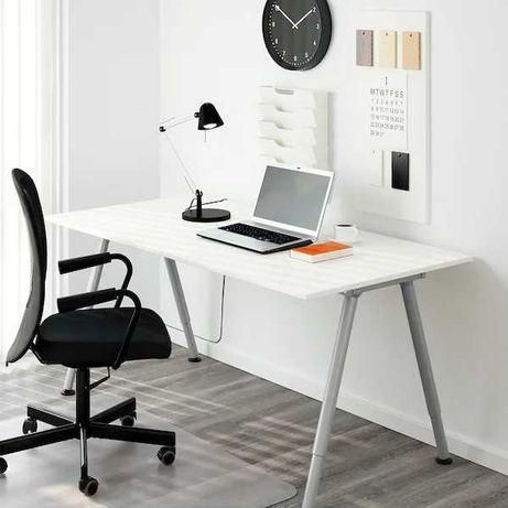 Mesa de escritório como nova