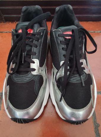 Sapatilhas Adidas Falcon 39 e 1/3 EU