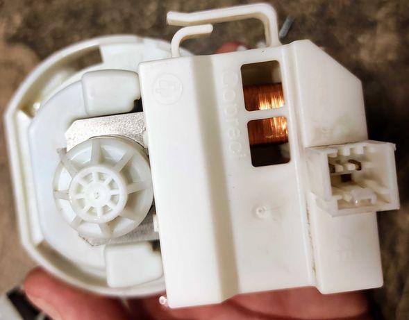 Pompa spustowa wody - zmywarka Whirlpool