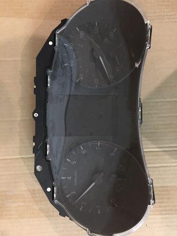 Приборная панель Nissan Rouge