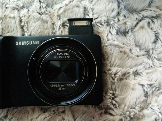 Samsung Galaxy Camera GC100 (Excelente estado + Bolsa pele)