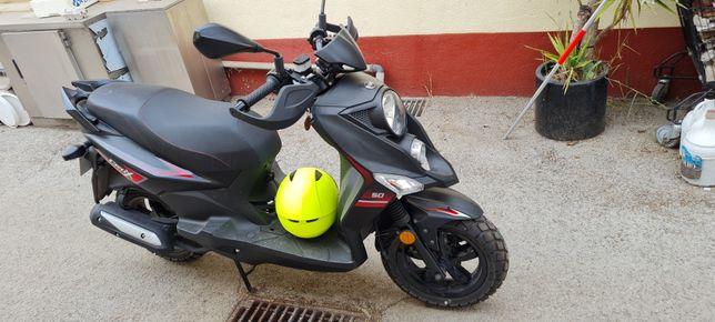 Sym crox 50 cc scooter