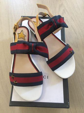 Босоножки Gucci Chanel, шлепанцы Brunello Cucinelli новые