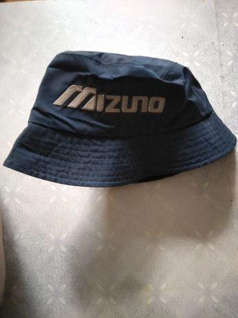 Kapelusz do golfa firmy Mizuno