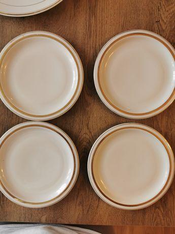 Zestaw talerzy Wawel porcelana PRL