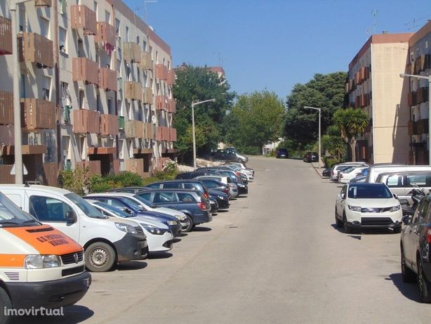 Apartamento três assoalhadas em Vialonga, Vila Franca de ...