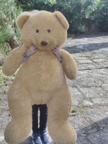 Urso de Peluche para Bebé ou Criança com 1,30m – COMO NOVO
