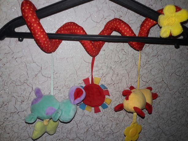 Спиралька змейка растяжка в кроватку коляску автокресло