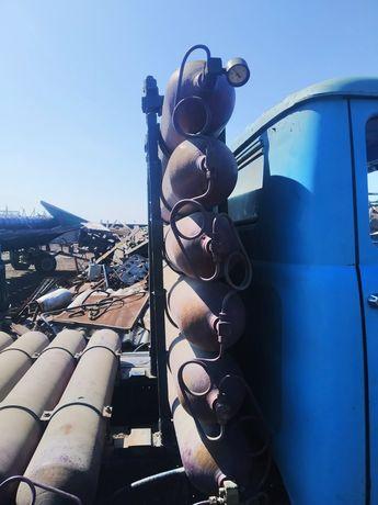 Продам Двигатель на  Зил, метан установка на 12 балонов.