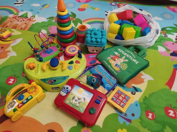Пакет игрушек пирамидка конструктор телевизон радио лабиринт