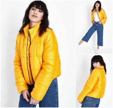 Укороченная объемная желтая куртка