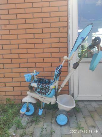 Трёхколёсный велосипед с родительской ручкой Smart Trike
