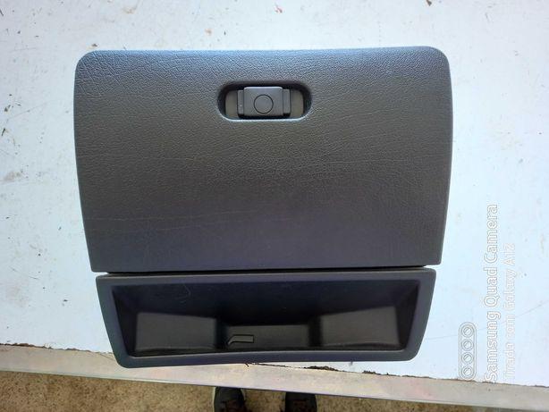 Porta Luvas Seat Ibiza 6K1