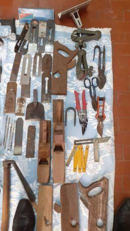 Ferramentas de carpinteiro antigas