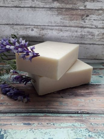 Натуральное хозяйственное мыло.