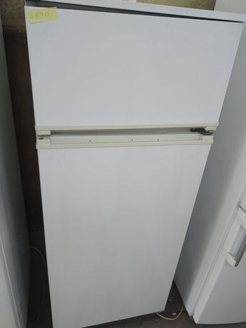 Холодильник 2х камерный высота 145см