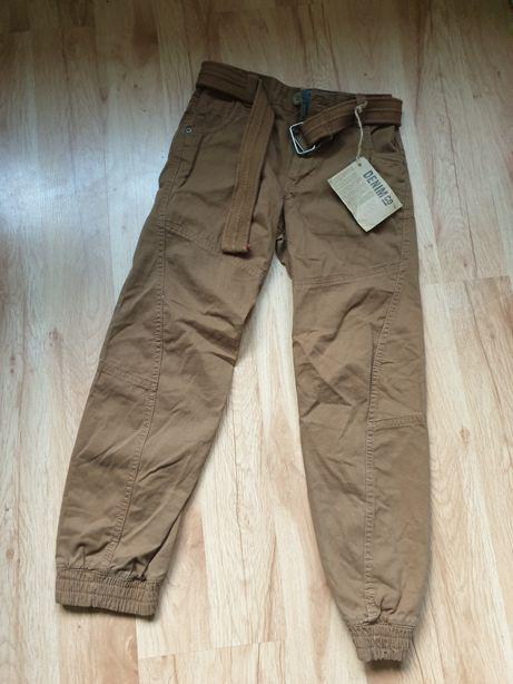 Spodnie chłopięce 146 cm