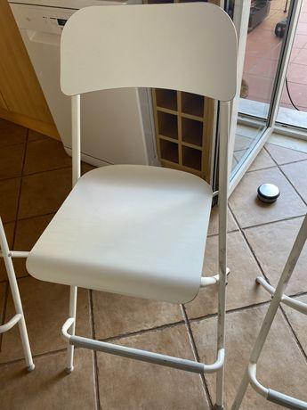Cadeiras altas, cozinha ou bar Ikea Brancas para balcao