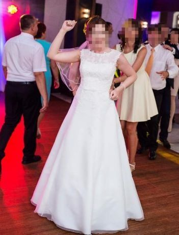 subtelna suknia ślubna 38/40 + welon GRATIS