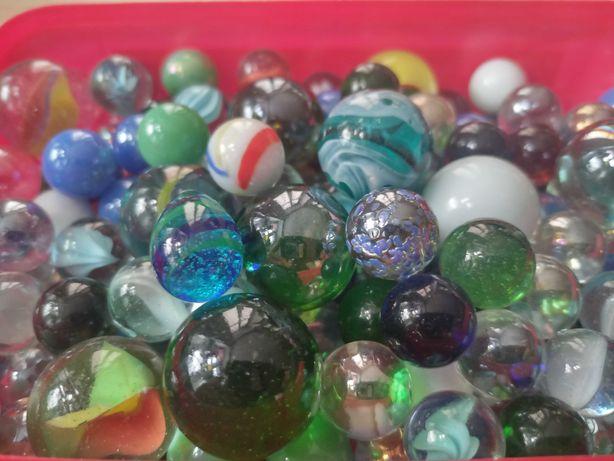 Szklane kolorowe kulki do gry i zabawy dla dziecka, kolekcjonerskie