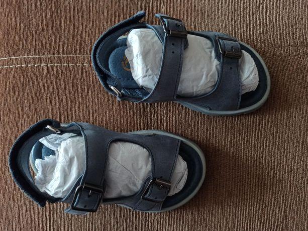 Босоножки кожаные сандали