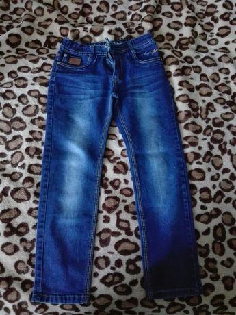 Spodnie jeansowe 128/134