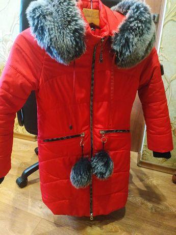 Торг!!!Зимня куртка р.34, на девочку 9-11 лет