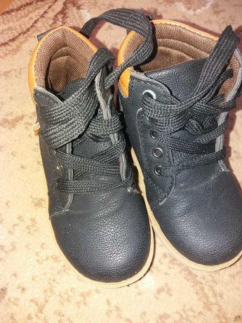 Ботинки 26, 27 размера