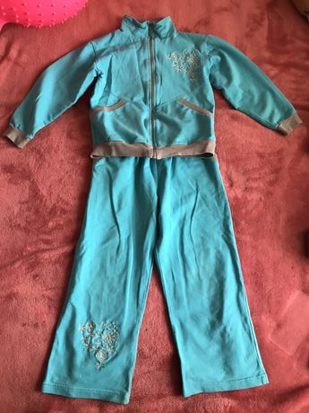 Костюм, спортивный костюм на 5-6 лет
