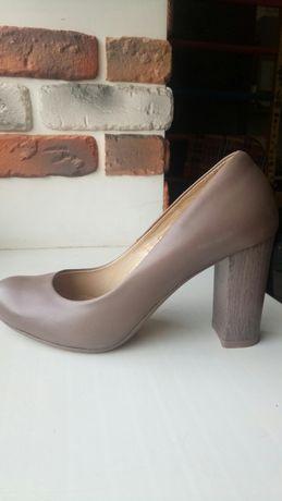 туфли кожа стелька 24 см,37 р обмен