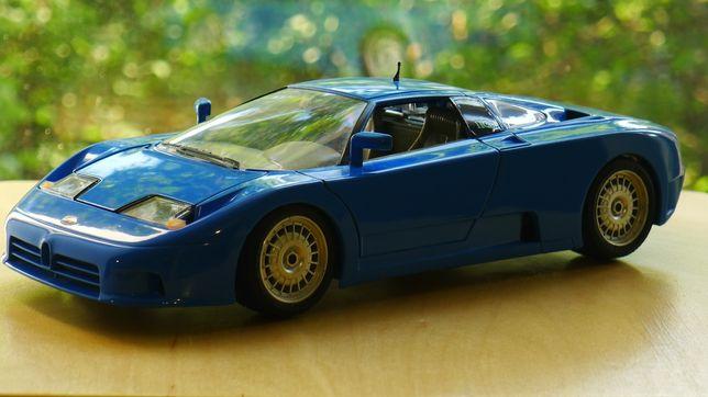 Модель 1:18 Bugatti EB110