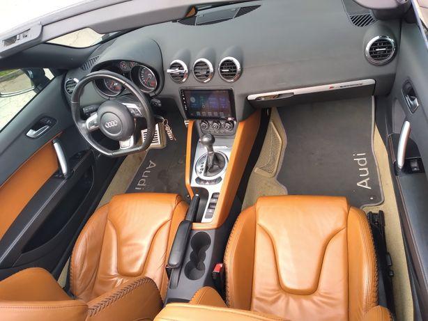 Салон сидения торпеда щиток приборов  Audi TT 3.2  BUB QUATTRO