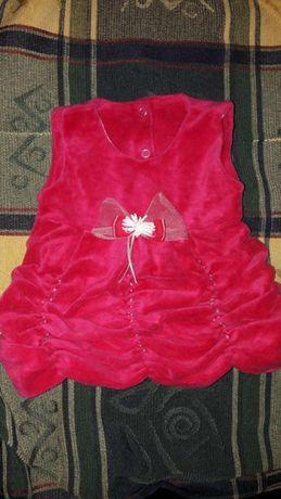 Продам красивое нарядное велюровое платье на девочку