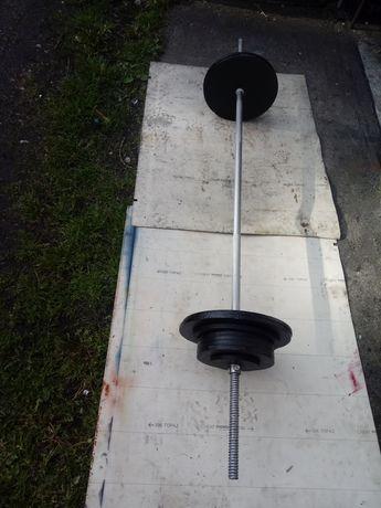 Sztanga z obciążeniem 80 kg